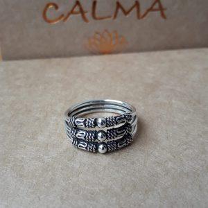 anillo plata de ley balinés